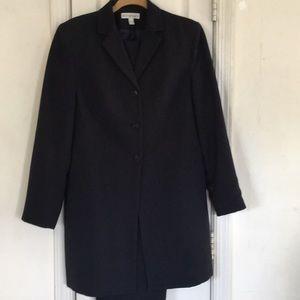 Ladies pants suit 3/4 length jacket